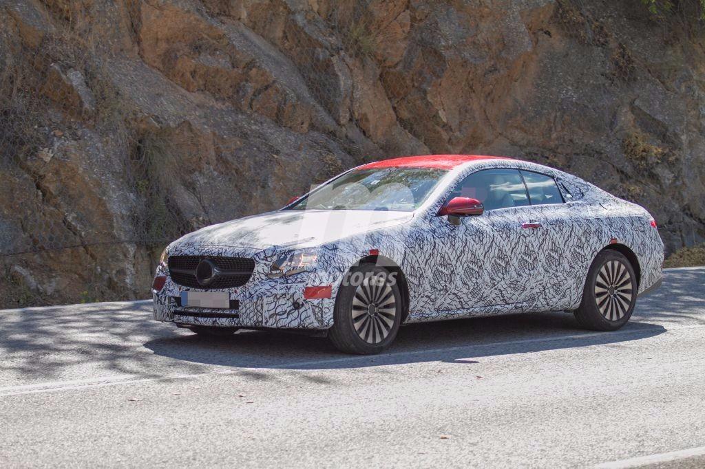 El Mercedes Clase E Coupe 2017 continúa con su desarrollo