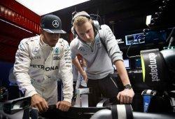 """Hamilton: """"Es una pena que los coches sean tan pesados"""""""