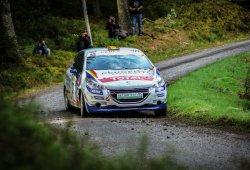 Pepe López, directo hacia el título de la 208 Rally Cup