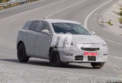 El nuevo Peugeot 2008 se deja ver de nuevo en fotos espía