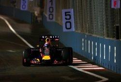 Daniel Ricciardo acaricia la victoria en las calles de Singapur