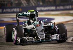 Rosberg le gana el pulso a Ricciardo y asalta el liderato