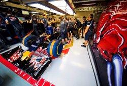 Sainz y Kvyat completarán el GP de Singapur con monoplazas distintos