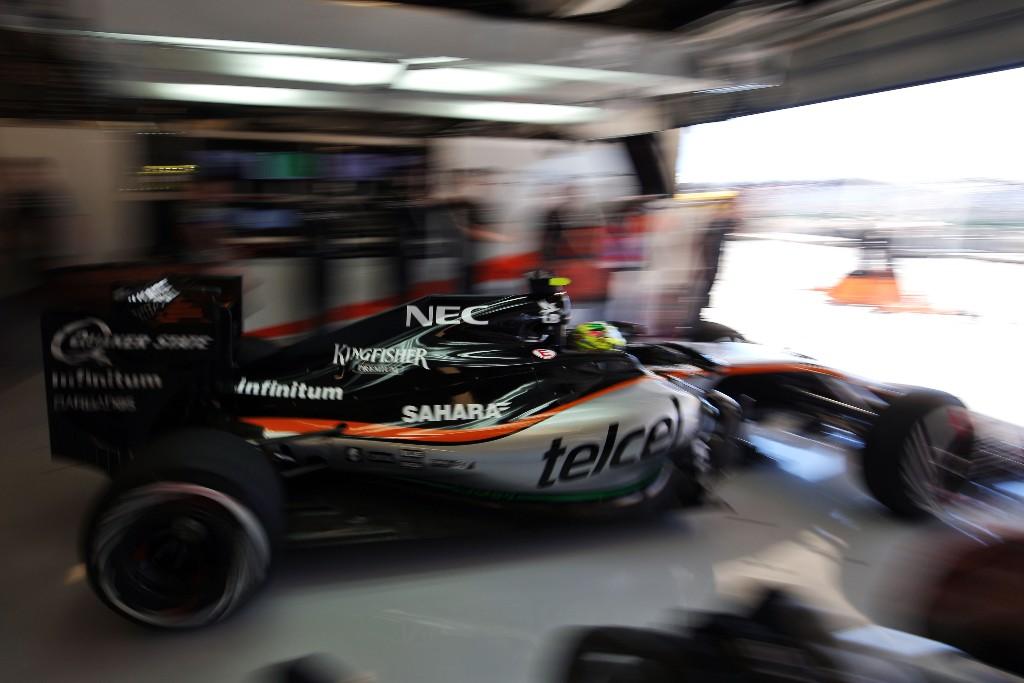 Force India lidera el grupo intermedio en la primera jornada