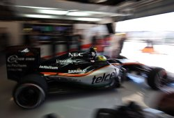 Force India lidera el grupo intermedio en la primera jornada