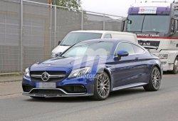 Mercedes-AMG C63 R Coupé, primeras imágenes de este radical coupé
