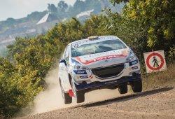 Pepe López y Borja Rozada ganan la 208 Rally Cup