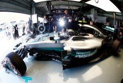 Rosberg manda y Alonso sufre un pequeño accidente