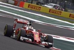 Un deslenguado Vettel deja atrás a los Mercedes por 4 milésimas