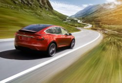 Noruega - Septiembre 2016: El nuevo Tesla Model X arrasa