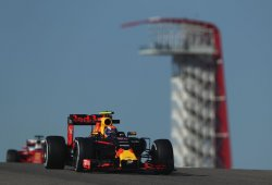 Verstappen y Ricciardo toman el mando sin los Mercedes