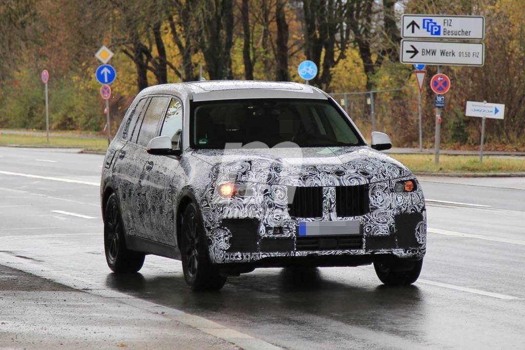 El BMW X7 2018 ya se deja ver con su carrocería definitiva