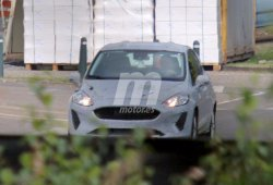 El nuevo Ford Fiesta ya nos muestra su nuevo frontal