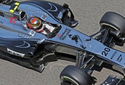 "Magnussen: ""La marcha de Ron Dennis es saludable para McLaren"""