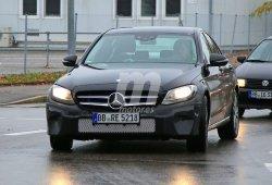 Mercedes Clase C 2017: Cazamos la mula de pruebas de nuevos sistemas