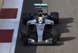Presencia fugaz de Hamilton en el cierre de los test de Pirelli