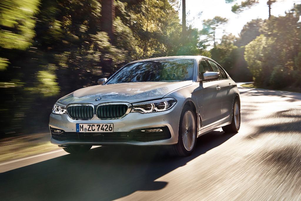BMW 530e iPerformance: El nuevo Serie 5 plug-in hybrid se estrena en Detroit 2017