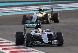 """Hamilton se ha sentido """"un poco incómodo"""" con la gestión de Mercedes"""