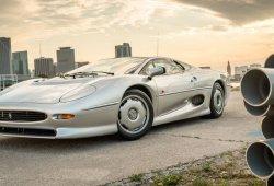 Jaguar XJ220 a estrenar con menos de 800 kms a la venta... ¡en eBay!