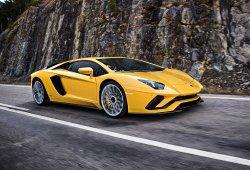 Lamborghini Aventador S: más potente y con una aerodinámica más trabajada