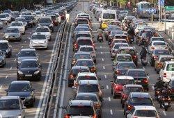 Madrid se compromete a prohibir la circulación a los coches diésel a partir de 2025