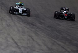 Por qué Alonso debe rechazar a Mercedes
