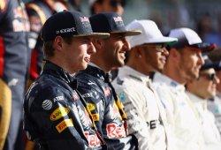 Ricciardo y Verstappen no quieren moverse de Red Bull