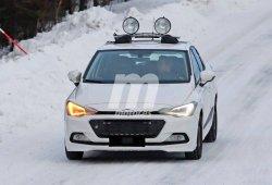 Seat Ibiza 2017: cazado en la nieve disfrazado otra vez de Hyundai