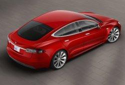 Un Ministerio de Medio Ambiente alemán compra un Tesla Model S y se arma la marimorena