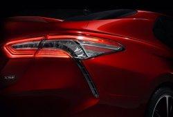Toyota anuncia el nuevo Camry 2018 en un teaser