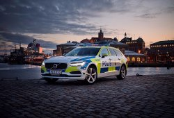 La policía sueca es la primera en usar el nuevo Volvo V90 como vehículo policial
