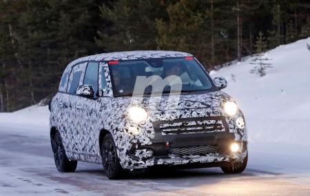 Fiat 500L 2018: el monovolumen urbano italiano se enfrenta al frío y la nieve