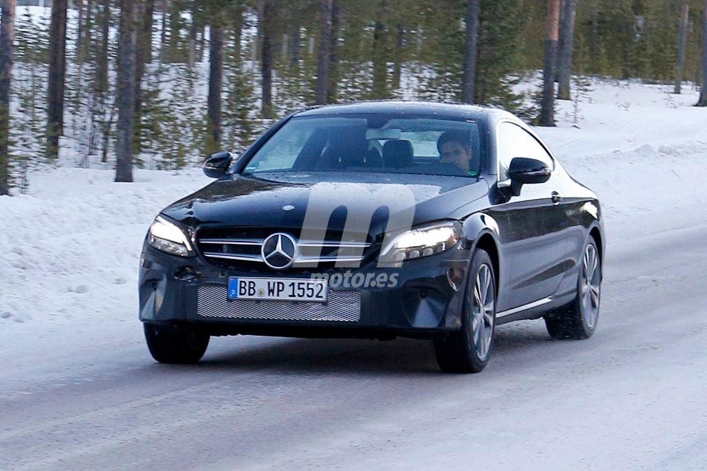 Mercedes Clase C Coupé: Al detalle la mula que prueba los nuevos sistemas