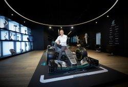 """Bottas a los empleados de Mercedes: """"Consigamos otro título"""""""