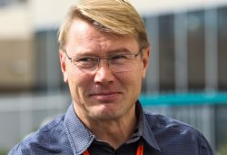 Häkkinen confirma negociaciones con Mercedes por Bottas
