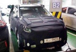 Cazado nuevo prototipo eléctrico de Hyundai mientras cargaba las baterías