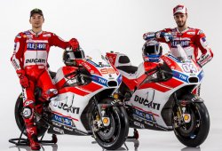 Jorge Lorenzo ya presume de su Ducati Desmosedici GP17