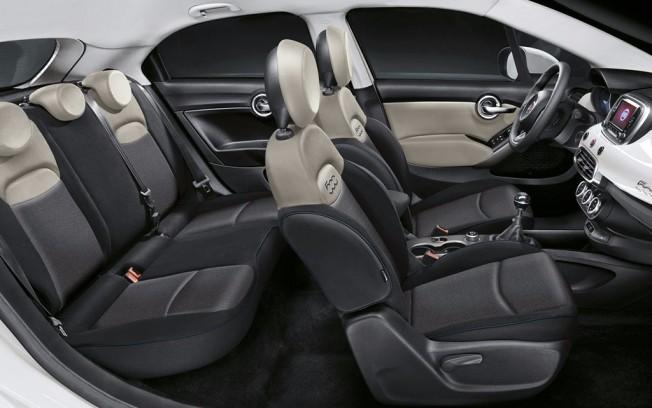 Fiat 500X 2017 - interior
