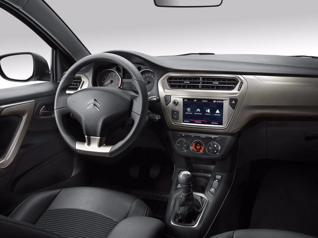 Citroën C-Elysée 2017 - interior