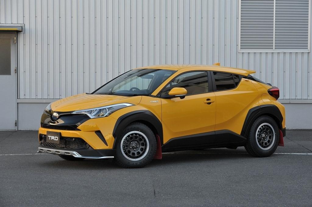 El Toyota C-HR recibe los accesorios TRD: buscando la radicalidad y los extremos
