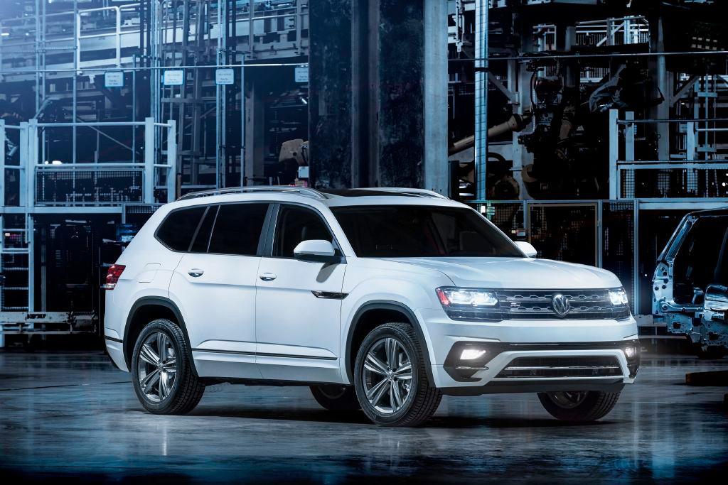 Volkswagen presenta el Atlas R-Line antes de su estreno en Detroit 2017