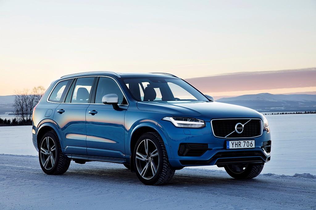 Volvo celebra sus 20 años de tracción total con una prueba de conducción de invierno