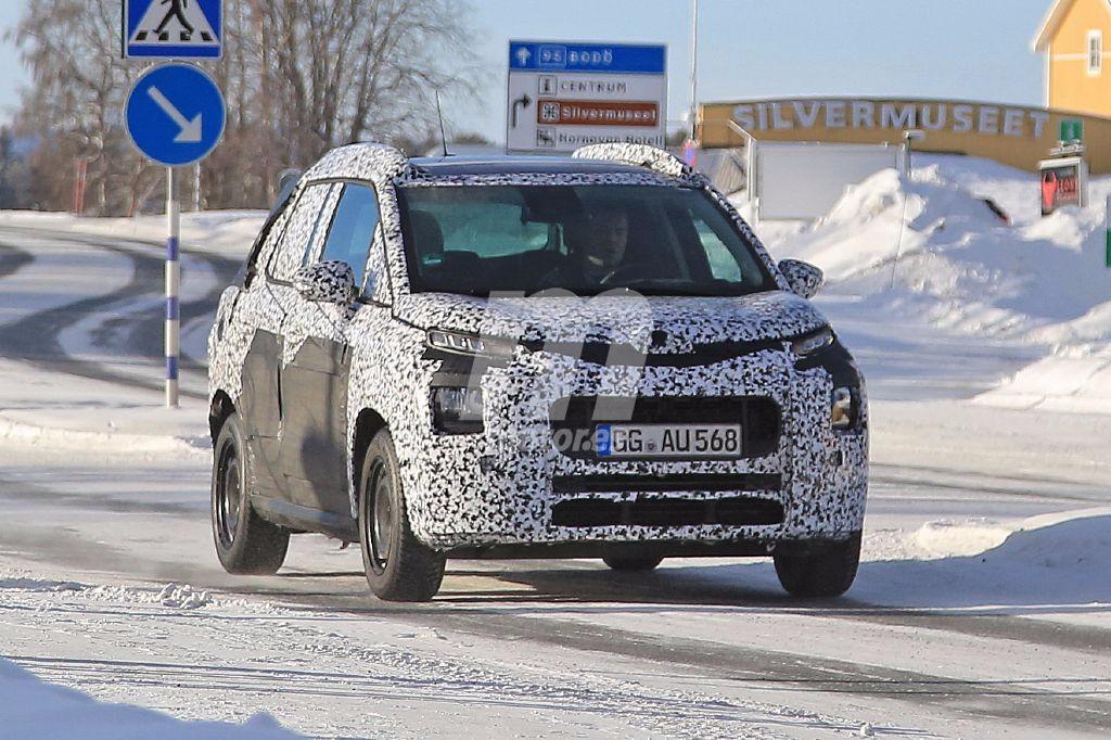 Citroën C3 Picasso 2018: perdiendo camuflaje poco a poco