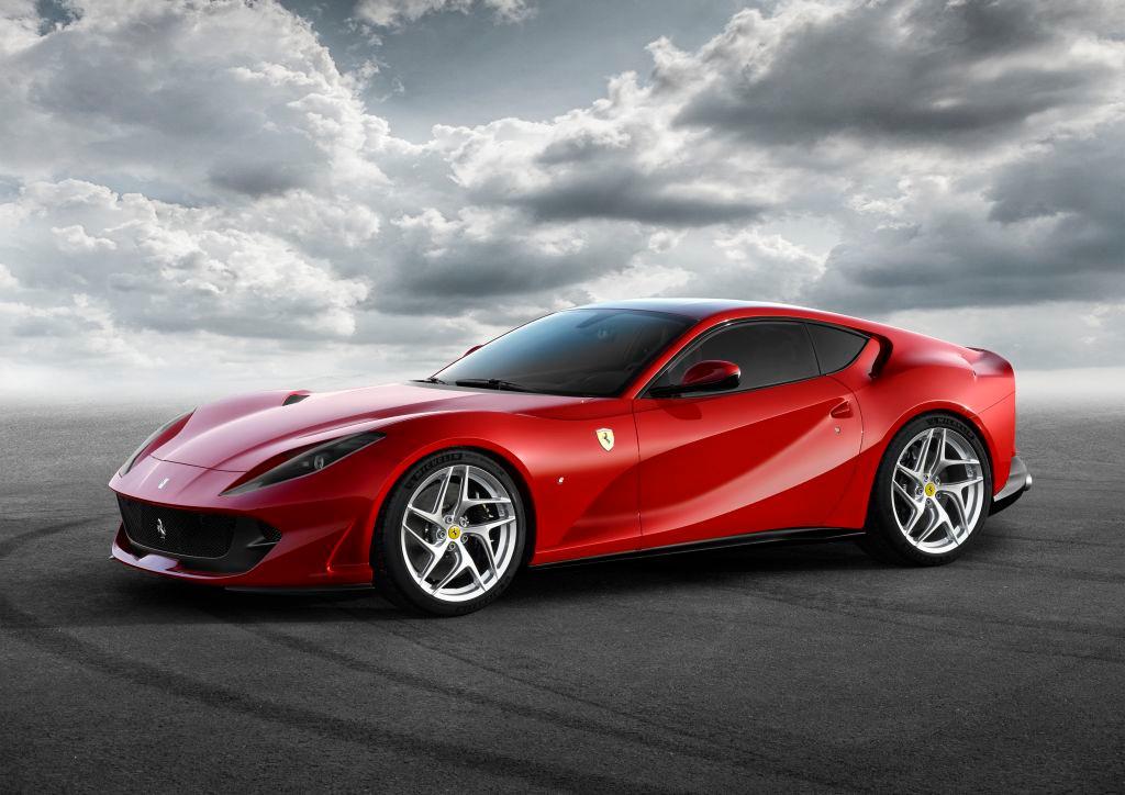 Ferrari 812 Superfast: desvelado el sucesor del F12 con 800 CV