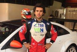 José Manuel Urcera prueba el Cruze TC1 de Campos Racing