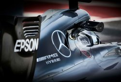 Mercedes arranca su motor de 2017 por primera vez