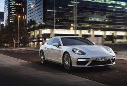 Porsche Panamera Turbo S E-Hybrid 2017: potencia y eficiencia unidas de la mano