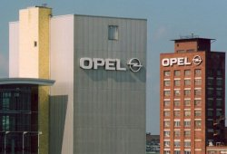 Análisis: la compra de Opel por PSA podría dibujar una nueva Europa