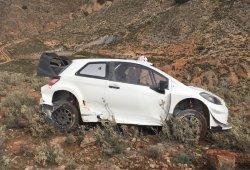Salida de pista de Latvala con el Yaris WRC en Almería