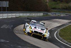 Timo Scheider con BMW en las 24 Horas de Nürburgring